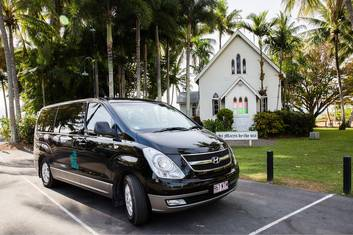 Private Transfer 1-4 People Cairns City/Airport to Port Douglas